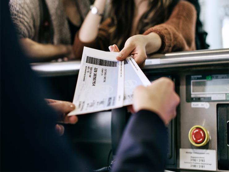 حيلة تقوم بها شركات الطيران عند حجزك تذكرتي الذهاب والعودة