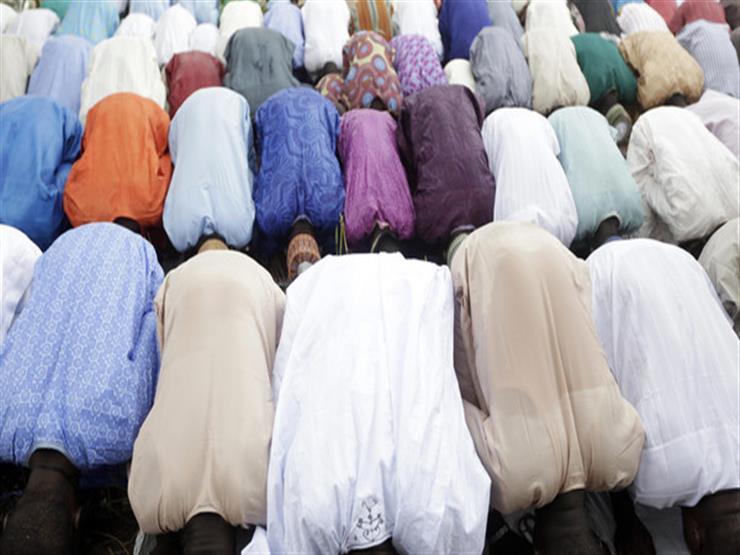 مراهق يفجر نفسه بين المصلين في نيجيريا.. ومقتل 50 شخصاً