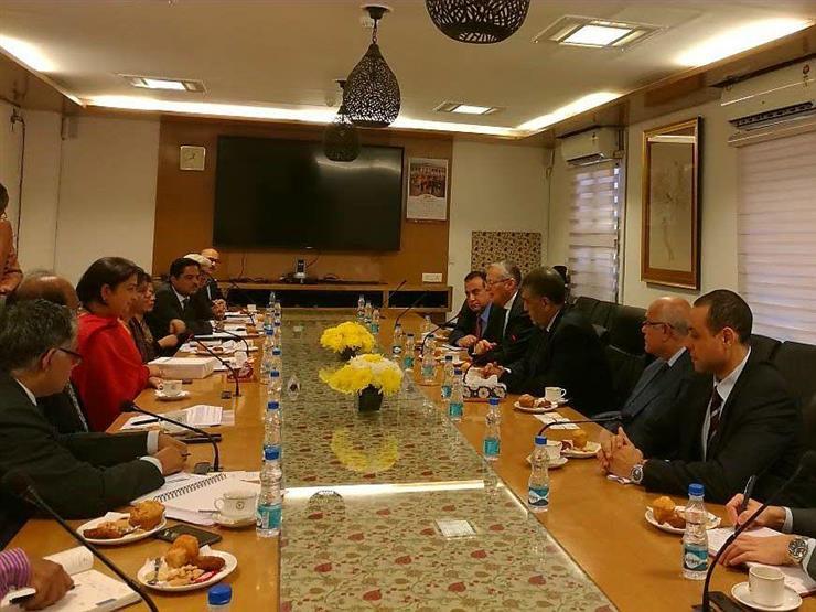 الشرقاوي يبحث مع وزيرة صناعة المنسوجات الهندية التعاون المشترك