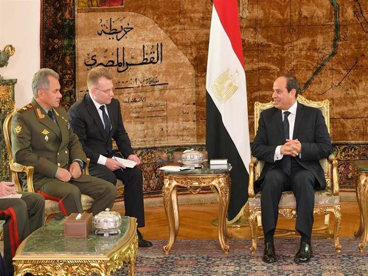 وزير الدفاع الروسي يغادر القاهرة عقب لقاء السيسي
