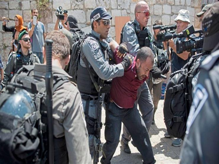 """الاحتلال اﻹسرائيلي يعتدي على المصلين في """"باب العمود"""" بالقدس"""