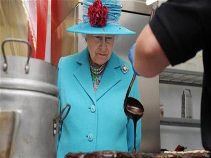 """الملكة إليزابيث تبحث عن """"طباخ"""".. تعرف على الراتب"""
