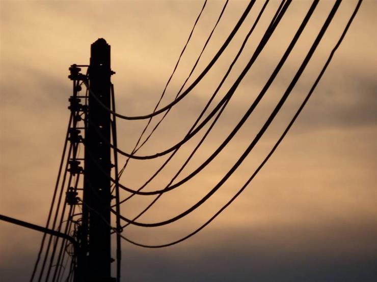 انقطاع الكهرباء عن رأس غارب وجبل الزيت بالبحر الأحمر ...مصراوى