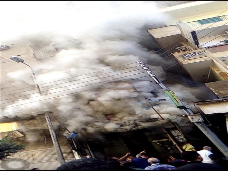 السيطرة علي حريق شب في 3 محلات بشبرا الخيمة