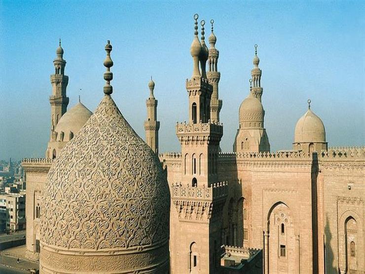 """أصوات """"النشاز"""" في مساجد مصر"""
