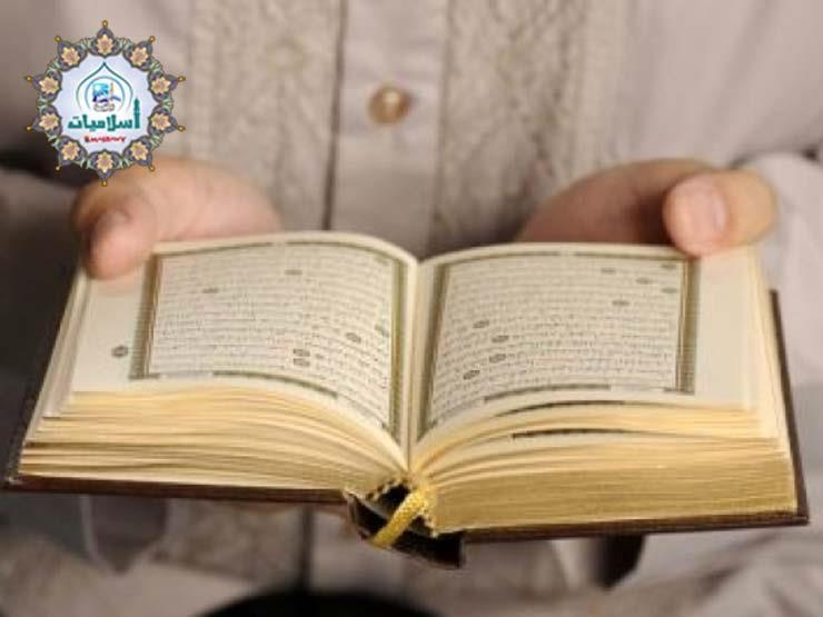 ما حكم قراءة سورتي السجدة والإنسان في فجر يوم الجمعة؟