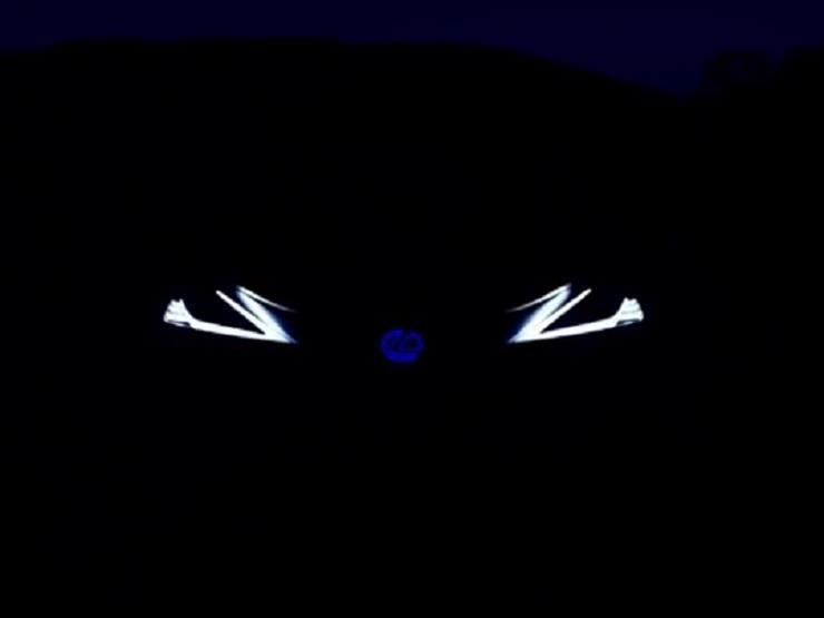 لكزس تنشر فيديو تشويقيا لسيارة مصابيحها الأمامية تشبه عيون البشر