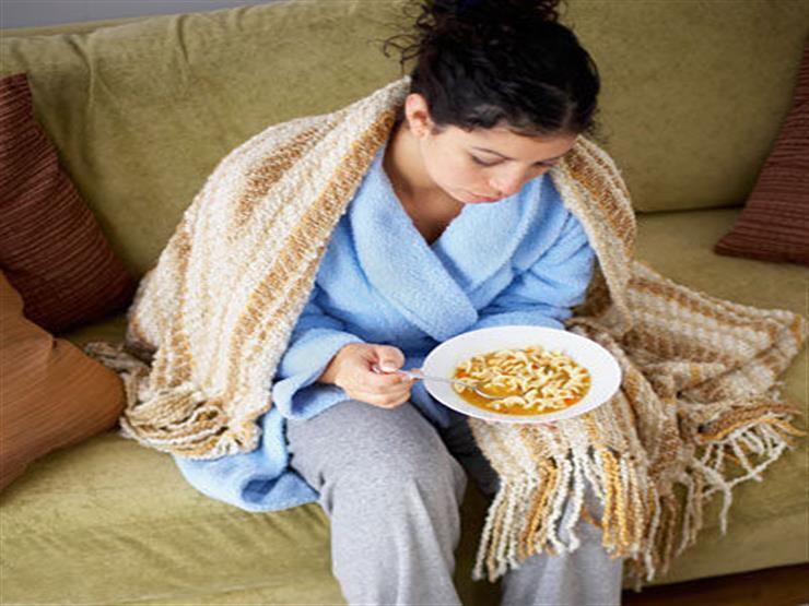 """حقيقة أهمية """"شوربة"""" الدجاج في علاج نزلات البرد"""