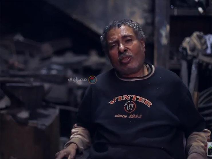 """فيديو.. ورشة """"عاشور"""" آخر ما تبقى لصناعة الحناطير الملكية في مصر"""
