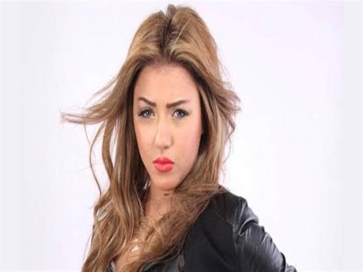 سارة سلامة تنشر صورتها بالحجاب وتثير الجدل على انستجرام