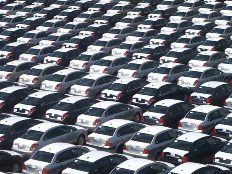 شعبة السيارات: قرار إلغاء حد السحب على الدولار إيجابي.. بشرط وحيد