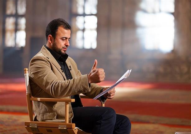 شاهد مصطفى حسنى يحكى قصة غيرت طريقة تفكيره في الحياة
