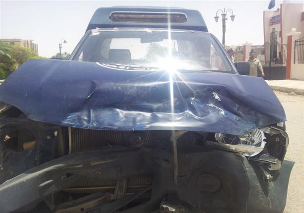 3  مصابين في تصادم سيارة شرطة وملاكي أعلى محور صفط اللبن