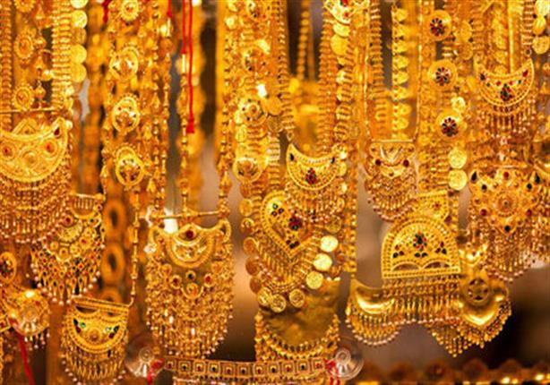 الركود يُحكِم سيطرته على أسواق الذهب في مصر رغم انخفاض الأسعار