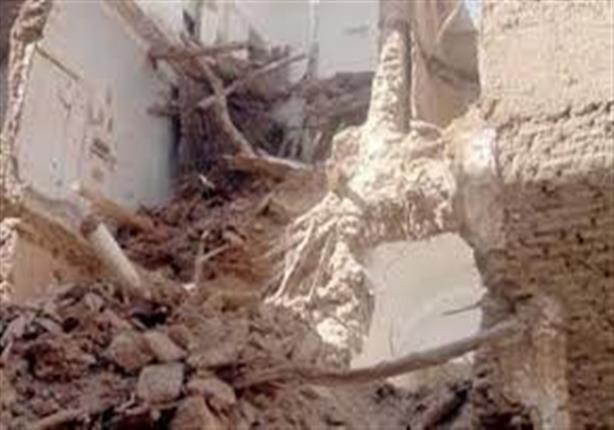 وفاة سيدة وإصابة شخصين في انهيار منزل بسوهاج