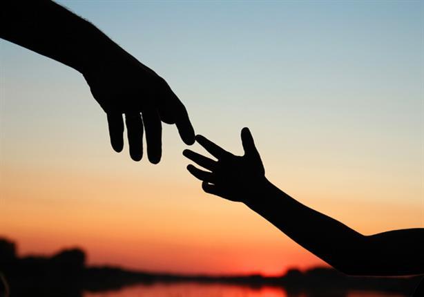 دراسة علمية تأكد وصية النبى: مساعدة الآخرين تعالج التوتر النفسي