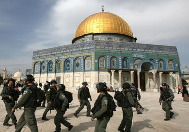 الاحتلال الإسرائيلي يفتح المسجد الأقصى للمصلين عبر بوابات إلكترونية