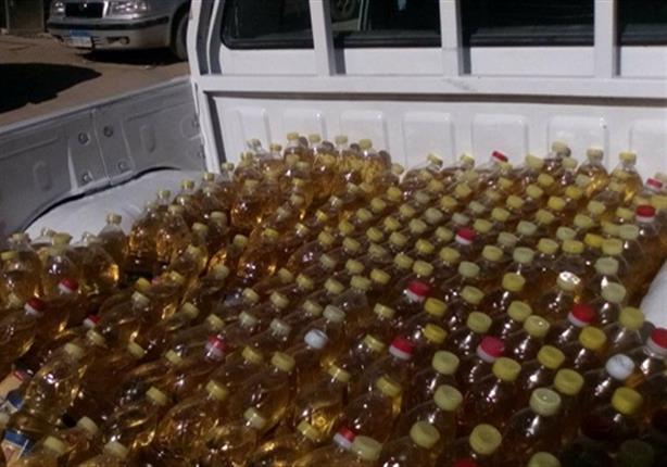 بعد ضبطها داخل مصنع بأوسيم.. إرسال عينات من 27 طن زيوت طعام لوزارة الصحة