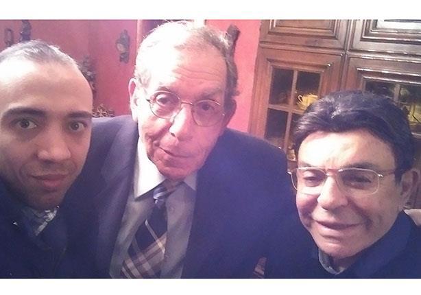 """اليوم.. سمير صبري يذيع حلقة خاصة مع طبيب """"العندليب الأسمر"""" في """"ذكرياتي"""""""