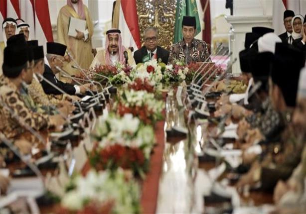 صحف عربية تبرز جولة العاهل السعودي في آسيا