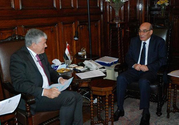"""""""البنا"""" والسفير الفرنسي يبحثان سُبل التعاون الزراعي بين البلدين"""