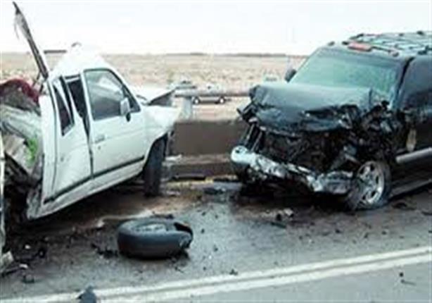 إصابة 11 بينهم 4 أطفال من أسرة واحدة في تصادم سيارتين بالشرقية
