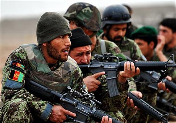 ارتفاع حصيلة هجوم طالبان على قاعدة عسكرية أفغانية إلى 50 قتيلا