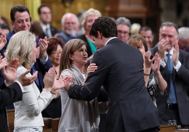 رئيس وزراء كندا مودعًا زعيمة المعارضة: سنفتقد حسك المرح