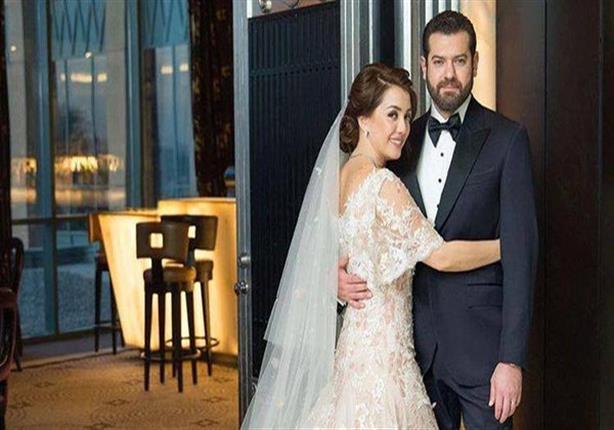 بالصورة- عمرو يوسف وكندة علوش يستقبلان طفلتهما الأولى