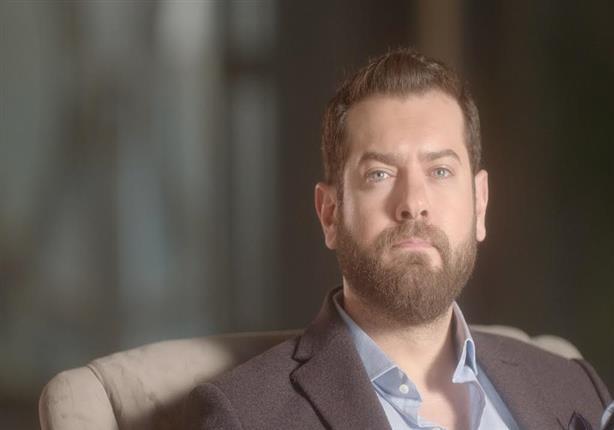 """ماذا قال عمرو يوسف بعد عرض أولى حلقات """"عشم إبليس""""؟"""