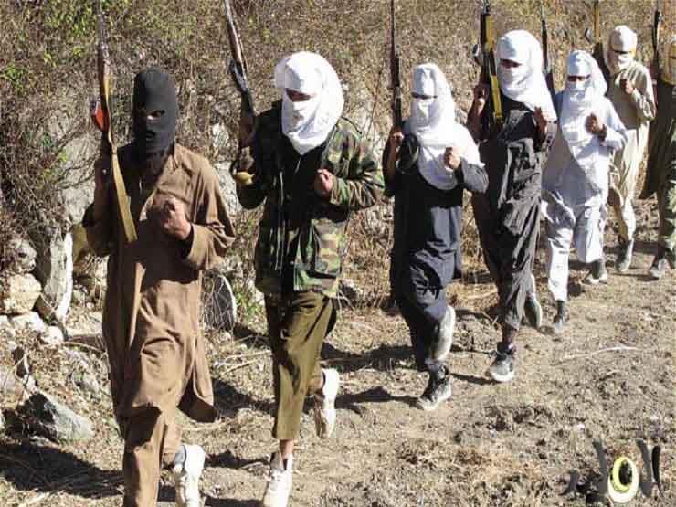 مقتل 15 جنديا خلال هجوم شنته حركة طالبان على قاعدة عسكرية جنوب أفغانستان