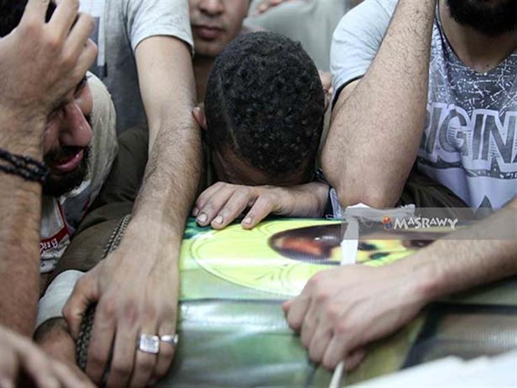 44 صورة ترصد توديع الأهالي لشهداء حادث المنيا الإرهابي