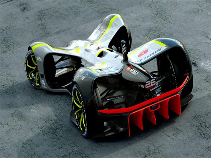 بالفيديو.. شوارع باريس تشهد اختبار أول سيارة سباق ذاتية القيادة في العالم
