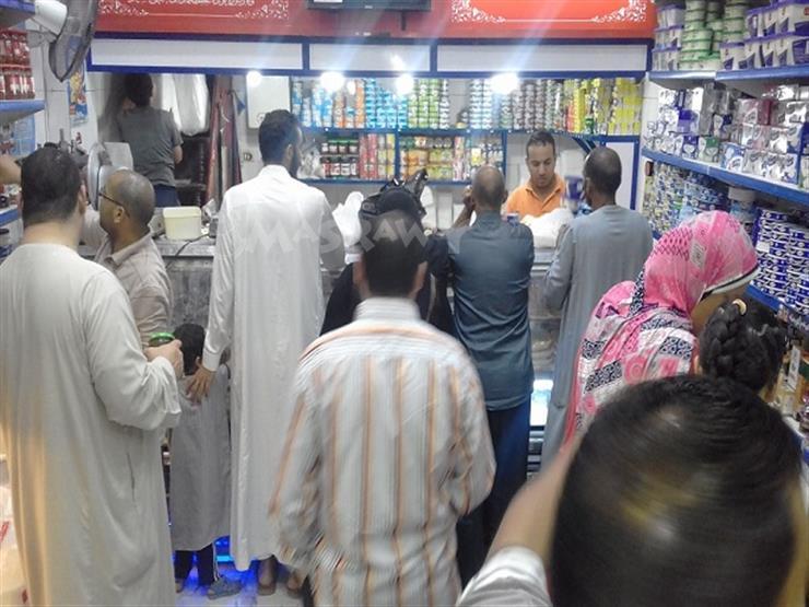 بالصور.. إقبال على منتجات الألبان في سحور أول أيام رمضان بكفر الشيخ