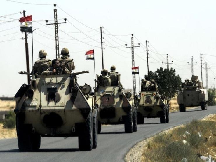 أسوشيتد برس: الجيش المصرى يراقب عن كثب حدوده مع ليبيا والسودان بعد حادث المنيا - مصراوي