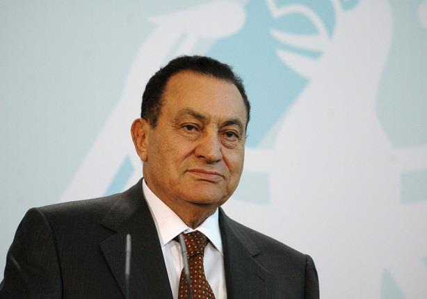 """""""ثلاثية"""" مبارك في ميلاده الـ89.. من """"اخترناه لعزلناه فبرأناه"""""""