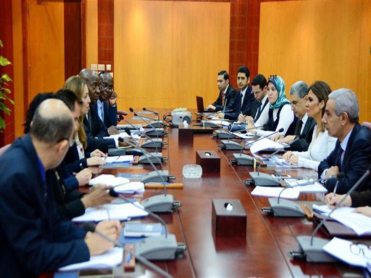 3 وزراء يبحثون مع بعثة التنمية الأفريقي إجراءات الشريحة الثالثة من القرض