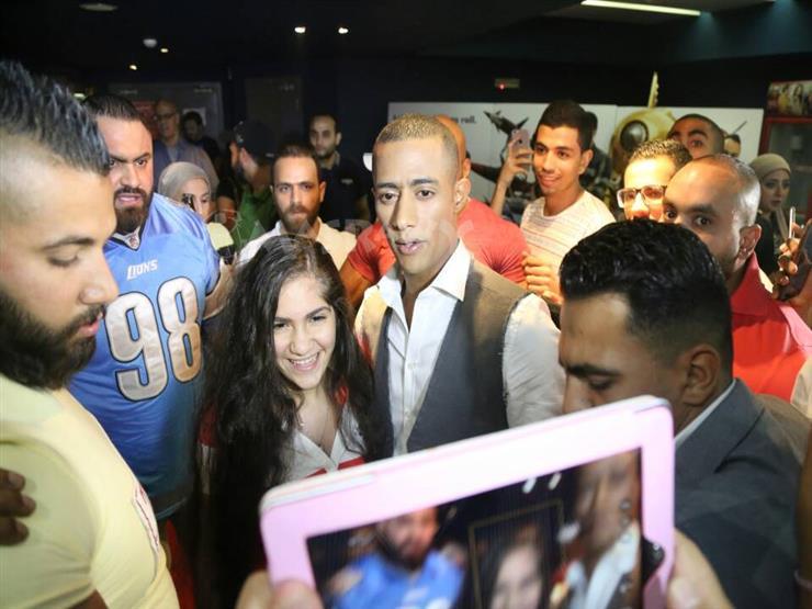 """بالصور.. محمد رمضان يحتفل مع جمهوره بـ""""جواب اعتقال"""""""
