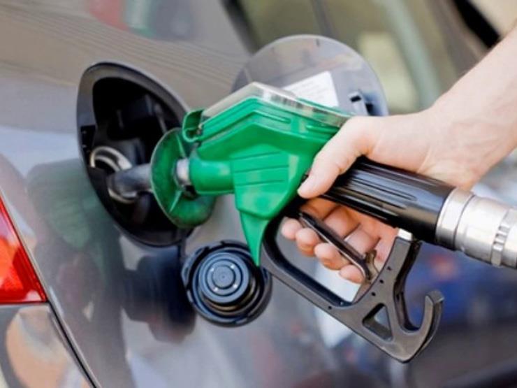 """أسعار البنزين في 10 دول مقارنة بـ """"متوسط دخل الفرد"""".. بينها مصر"""