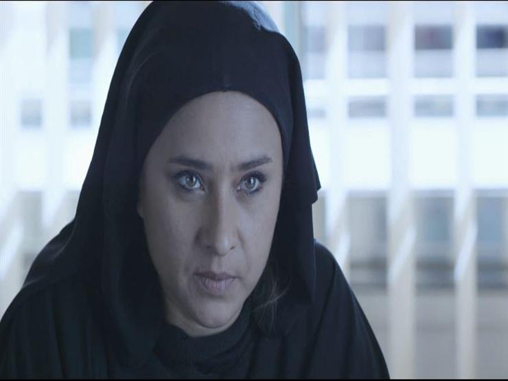 """نيللي كريم تطلب الطلاق من أحمد فهمي بسبب زينة في """"لأعلى سعر"""""""