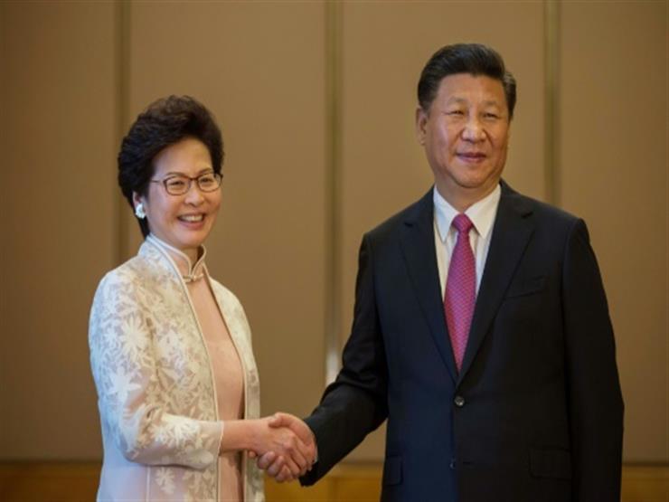الرئيسة التنفيذية لهونج كونج تسعى لتهدئة مخاوف تتعلق بقانون النشيد الوطني الصيني