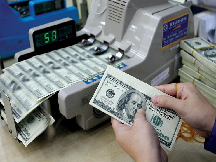 6 بنوك ترفع أسعار الدولار ليصعد مجددا فوق 18 جنيها بنهاية ال...مصراوى