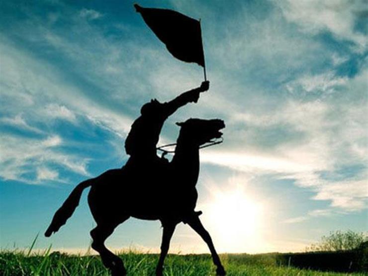 من هو الصحابي أخو الخليفة الذي حمل راية المسلمين يوم اليمامة؟
