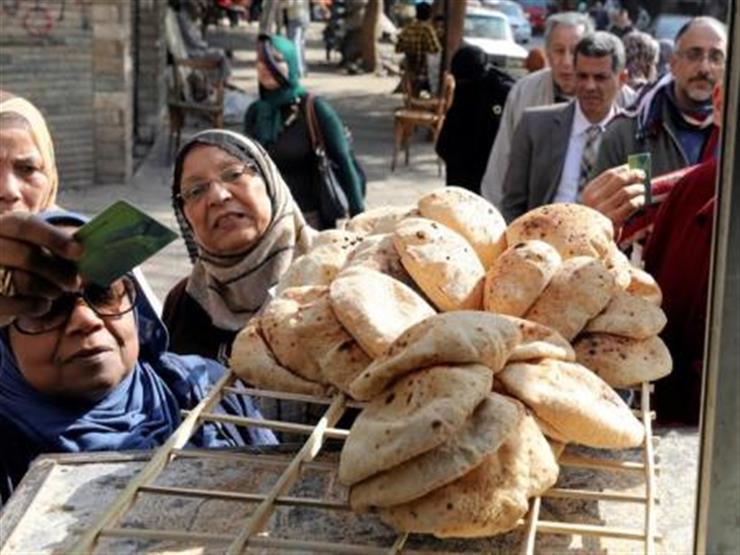 رويترز: الحكومة تدرس زيادة دعم نقاط الخبز 100% وخفض حصة المواطن