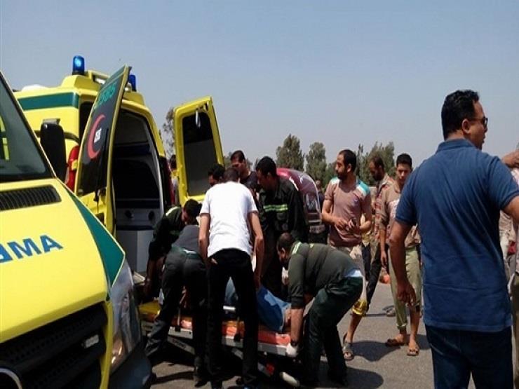 إصابة 4 أشخاص في تصادم سيارتين أعلى محور 26 يوليو