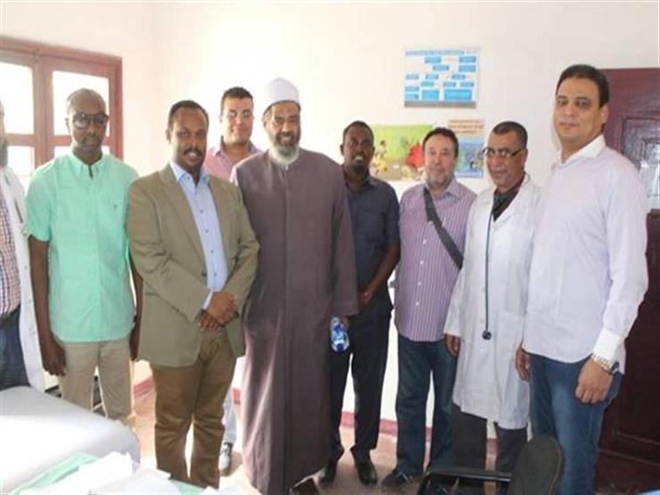 """قافلة الأزهر تبدأ أعمالها في """"بوصاصو"""" الصومالية وسط احتفاء كبير من الأهالي"""