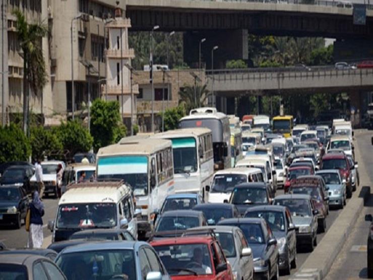 حركة المرور..كثافات متوسطة بصلاح سالم وكورنيش النيل والهرم