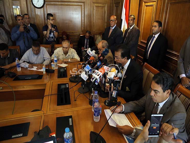 """عميدة """"قصر العيني"""" تكشف سبب تخوف أساتذة بطب القاهرة من لائحة المستشفيات الجامعية"""