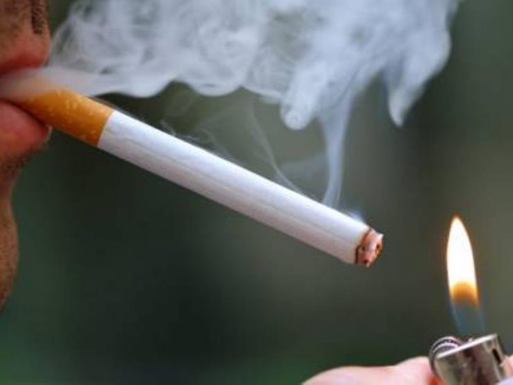 رئيس جمعية القلب: مسلسلات رمضان روجت للسجائر.. وهذه نسبة الأطفال المدخنين