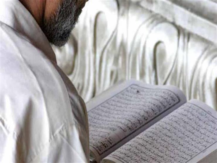 الشيخ رمضان عبدالمعز: الاستعاذة من الشيطان واجبة قبل تلاوة القرآن